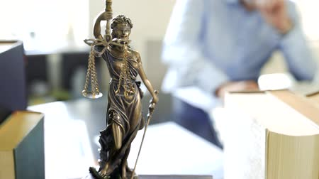 sala de tribunal : The Justice of Justice or Justice the Roman goddess of Justice