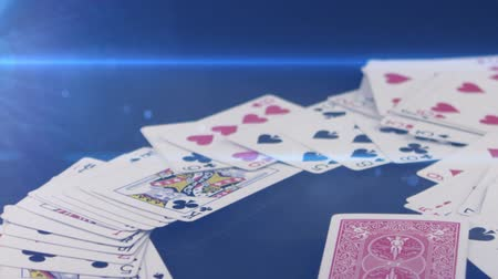 покер : falling poker cards on the table
