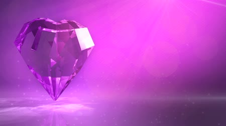 rombusz : crystal diamond with heart shaped