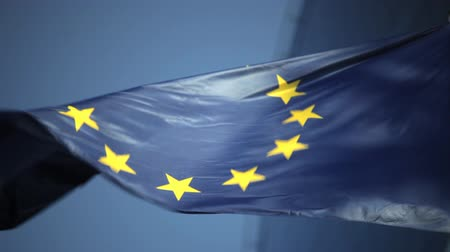 europeu : European union flag normal speed.