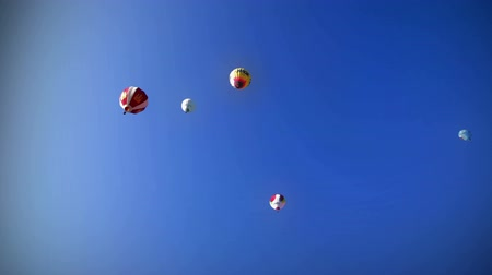 levegő : Colorful balloon flying and with the flames on. HD