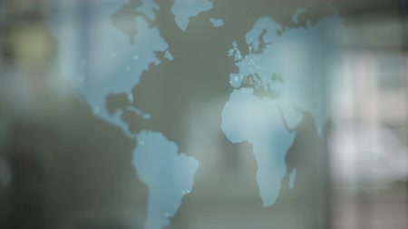quantidade ínfima : World map animated displayer and reflections. HD