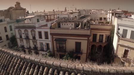 marrocos : Aerial back travelling of old town with beautiful buildings in Seville, Spain. HD