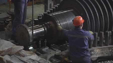 turbo : Engineer taking notes for maintenance steam turbine of thermal power plant Stock Footage
