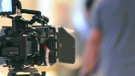 filmagens : Professional movie camera on film set Stock Footage