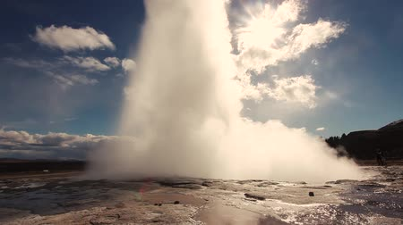 gejzír : Geysir, one of the most famous geysers in southern Iceland
