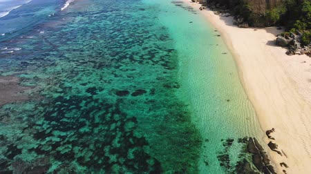 sicília : Aerial view with tropical beach with turquoise ocean water
