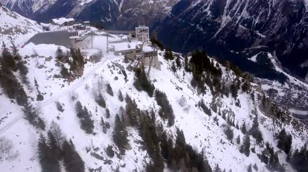 УВР : Cableway cabins ride down to the le Brevent peak, Mont-Blanc Chamonix, France