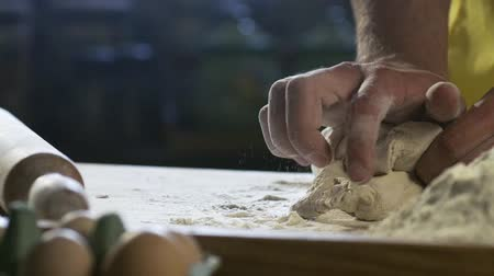 chilli sauce : Chef hands preparing dough for pizza on table in kitchen HD