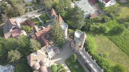 bastião : Bory Var, graceful castle built by one man Bory Jeno in the Szekesfehervar, Hungary Vídeos
