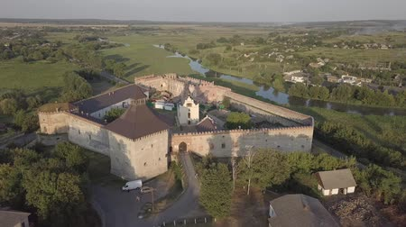 fortificação : Ruined Medzhybizh Castle situated at Southern Bug rivers, Ukraine