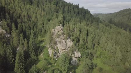masso : Aerial view stone rocks Ternoshorska Lada amidst beautiful scenic Carpathian mountains and forest. Symbol of motherhood and fertility, Kosiv Region, Ivano-Frankivsk Oblast, Ukraine