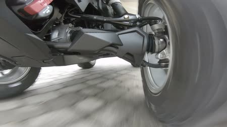 rali : ATV Driving low angle undercarriage