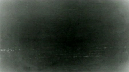 végre : Old Distorted Damaged Film Blinking Frame Vintage Footage 16mm real.