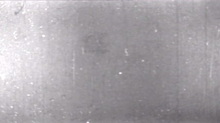 наложение : Old Distorted Damaged Film Strip Vintage Footage with dust and scratches, 16mm real. Стоковые видеозаписи