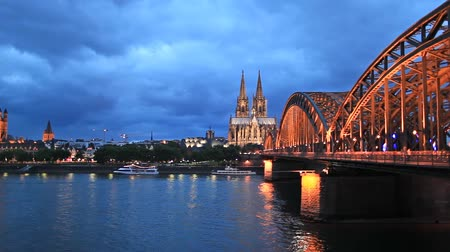 kolínská voda : View on St. Martin Church, Cologne Cathedral and Hohenzollern Bridge, Cologne, Germany
