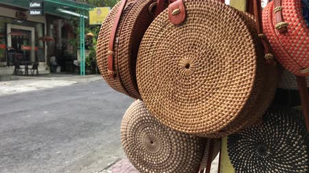 rotáng : Rattan eco bags in the art shop on Bali island, Indonesia. Woman stylish eco bag.