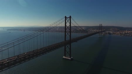 lisboa : Aerial shot of the bridge in Lisbon Vídeos