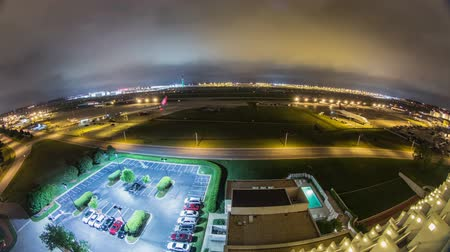 terrorismo : v19. Fisheye time lapse of airplane traffic at the worlds busiest airport.