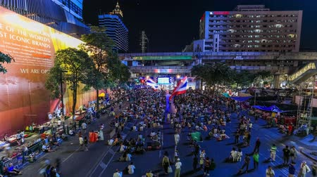 ralli : v1. Bangkok protests time lapse downtown at night on February 9th 2014. Stok Video