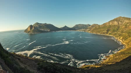 климат : v4. Hout Bay time lapse clip near Cape Town, South Africa. Стоковые видеозаписи