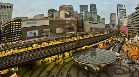 golyó : v35. City traffic time lapse of Ginza train station using fisheye lens.