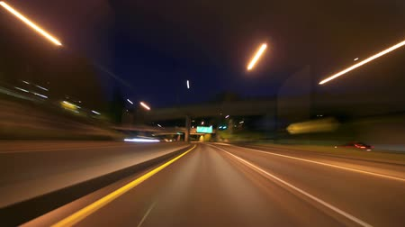 ingázó : v29. Portland freeway driving time lapse at night.