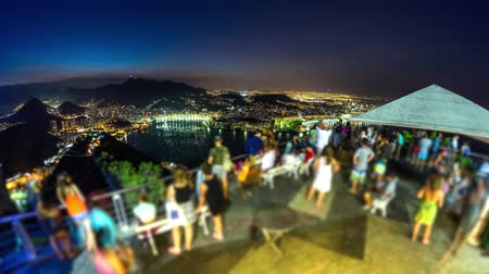 Рио : v13. Rio De Janeiro cityscape time lapse at night from Sugar Loaf Mountain. Стоковые видеозаписи