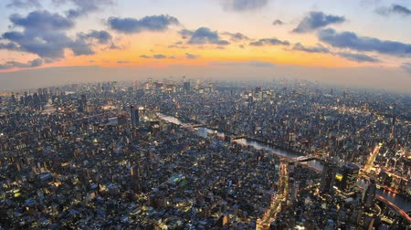 tokio : v2. Zooming Tokyo cityscape time lapse just after sunset. Wideo