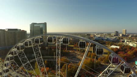 kerék : v35. Atlanta aerial flying closely over ferris wheel. 111214