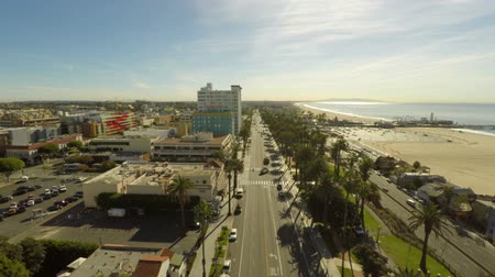 encruzilhada : v13. Low flying LA aerial over Santa Monica. 112414