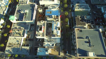 řídit : Los Angeles Aerial Beverly Hills v59 Low flying vertical aerial of downtown Beverly Hills. 22415