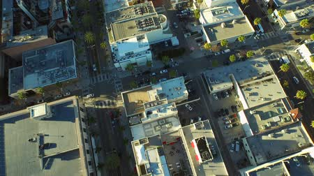 řídit : Los Angeles Aerial Beverly Hills v60 Low flying vertical aerial of downtown Beverly Hills. 22415