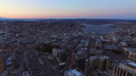samochody : Seattle Aerial v23 Flying low over downtown and South Lake Union area at dusk.