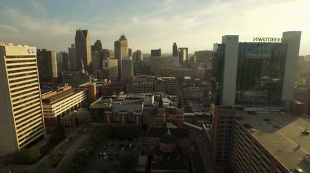 небоскреб : Detroit Aerial v34 Flying low over downtown with cityscape views.