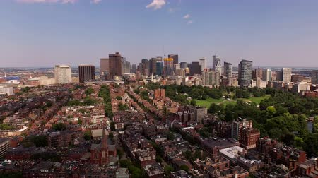 rzeka : Boston Aerial v23 Flying low over Charles River, Beacon Hill and downtown.