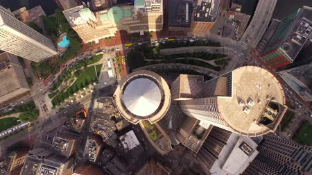 mech : Boston Aerial v43 Flying vertical shot looking down over downtown. Wideo