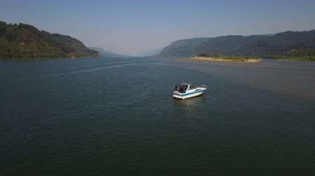 rzeka : Columbia River Aerial v2 Flying low up large scenic river.