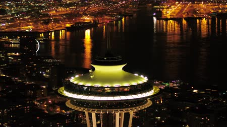 tű : Seattle Aerial v106 Closeup shot flying around Space Needle at night with cityscape views 417