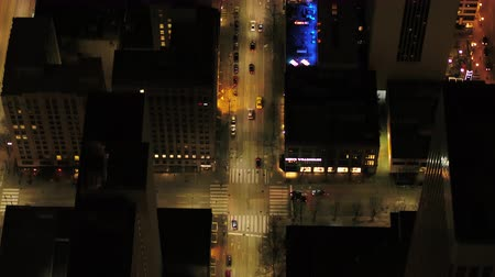 вниз : Seattle Aerial v109 Birdseye closeup shot flying low over downtown street at night 417 Стоковые видеозаписи