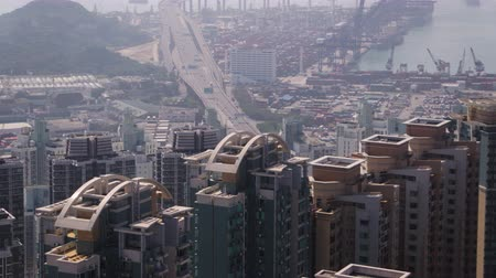 inspirar : Hong Kong Aerial v206 Closeup birdseye view flying low around condominium complex buildings Vídeos