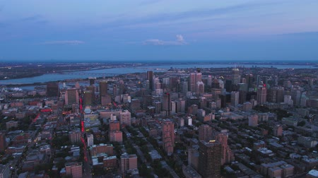 склон холма : Montreal Quebec Aerial v98 Flying across downtown at dusk with cityscape views 717