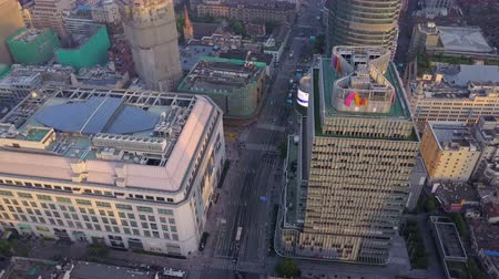 низкий : China Shanghai Aerial v27 Birdseye flying over Bund walking street intersection 517