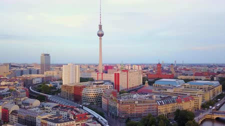 movimentar se : Germany Berlin Aerial v26 Flying low around Monbijou Park area with cityscape views sunset 817