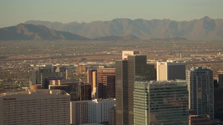 uzun boylu : Phoenix Arizona Aerial v7 Flying low over downtown area panning sunset cityscape 916 Stok Video