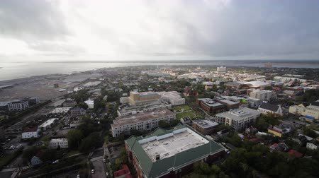 backwards : South Carolina Charleston Aerial v22 Panoramic water view from French Quarter neighborhood 1017 Stock Footage