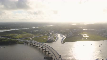 ancorado : South Carolina Charleston Aerial v117 Panning around harbor 1017