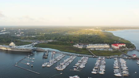 ancorado : South Carolina Charleston Aerial v129 Birdseye view of marina 1017