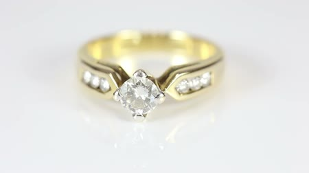 halkalar : diamond ring