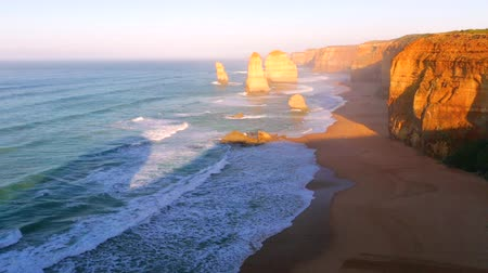 nemzeti : Twelve Apostles sunset in Port Campbell National Park. Great Ocean Road, Victoria State, Australia.